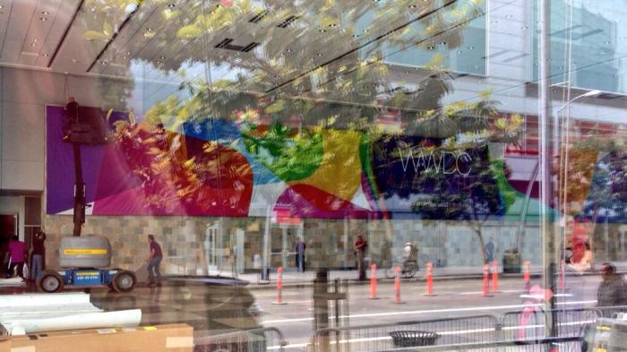 Apple-setting-up-for-WWDC-2013