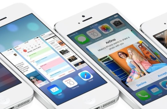 iOS-7-multiple-iPhones-flat-002-e1374455913896