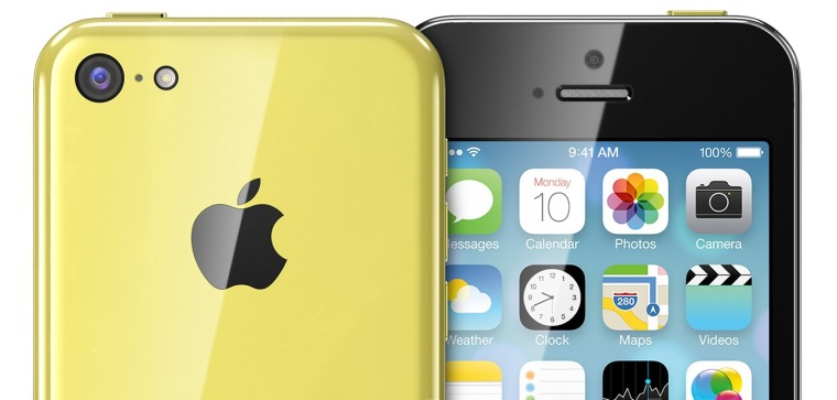 iPhone-5C-yellow-front-back-Martin-Hajek-001