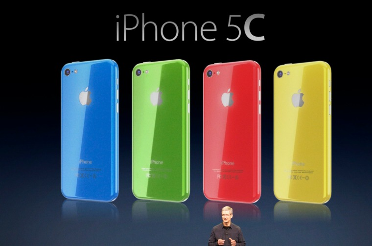 Tim-Cook-iPhone-5C-Martin-Hajek-002
