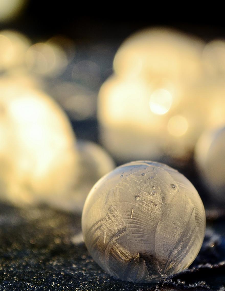 frozen-bubbles-angela-kelly-10