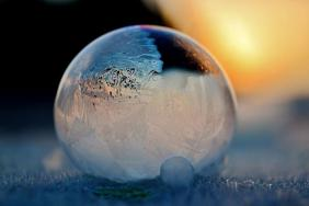 frozen-bubbles-angela-kelly-12