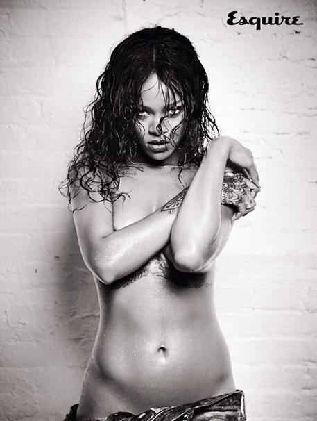 Rihanna Esquire 1
